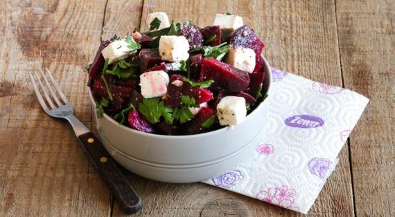 Салат со свеклой и сыром фета, пошаговый рецепт с фото