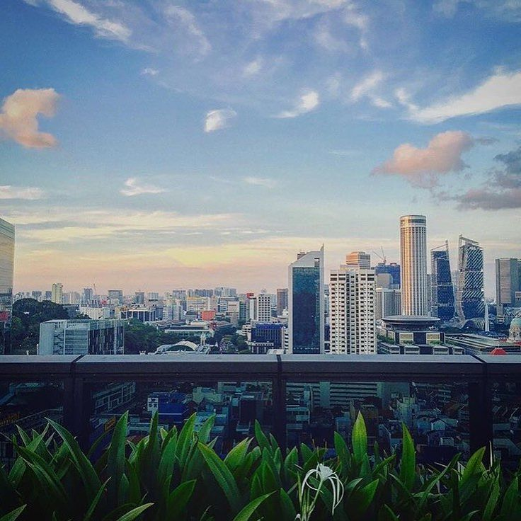 #ECOHOTELS #SWD #GREEN2STAY    PARKROYAL on Pickering Hotel, Singapore   And we just can't get enough of mesmerising sunset and clear blue skies. Here's a picturesque shot taken by @rjbrosas from our Orchid Club lounge rooftop terrace - http://green2stayecotourism.webs.com/asia-pacific-eco-hotels