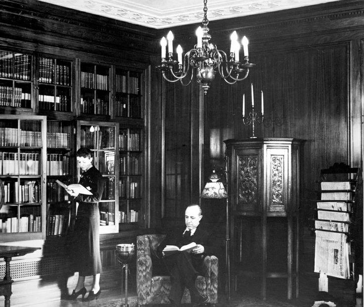 Fairmont Royal York's Library Room