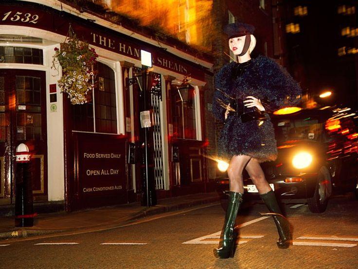 Sophie Sumner in Louis Vuitton by Dennison Bertram for <em>Marie Claire Czech</em>