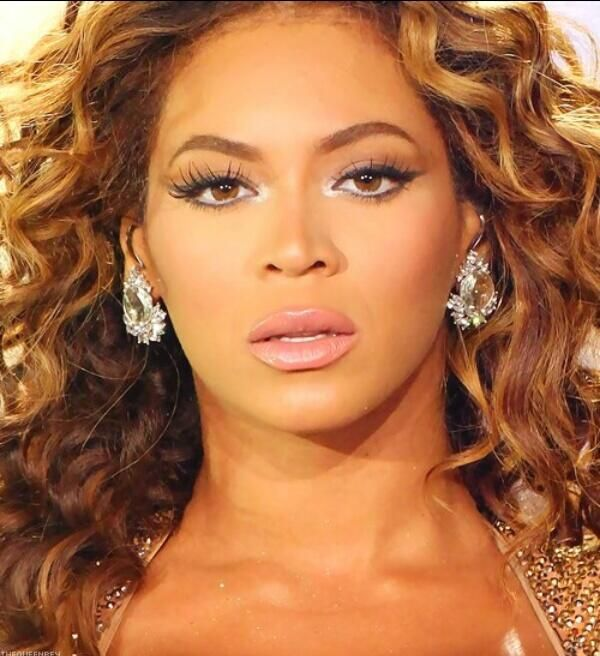 Beyland On Beyonce Fans And Beautiful Smile