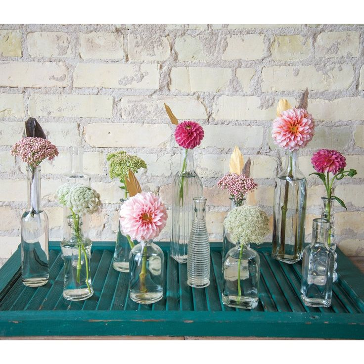 This beautiful vintage bottle collection is perfect for any event. Use entire collection to create a large stunning centerpiece, or separate the bottles for the perfect added touch. 24 bottle per case