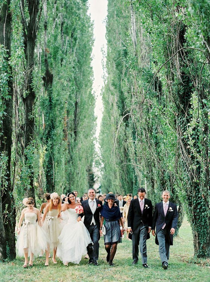Elegant Italy Destination Wedding Photography by peachesandmint.com