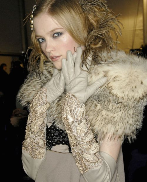 Love the Neutral gloves & the fur stole