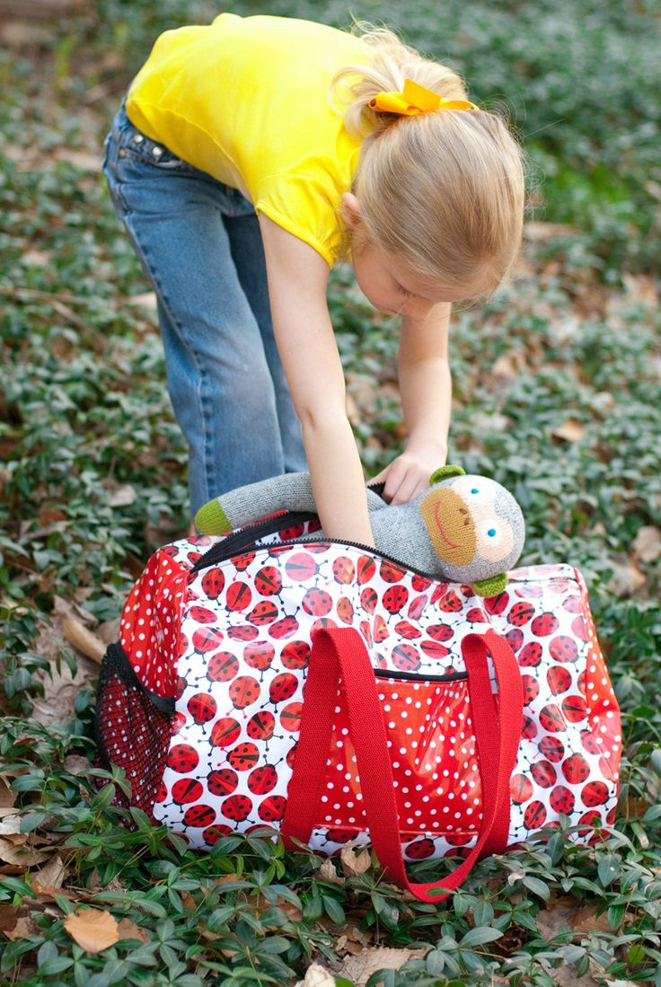 """Goin' to Camp"" Duffel Bag Tutorial 