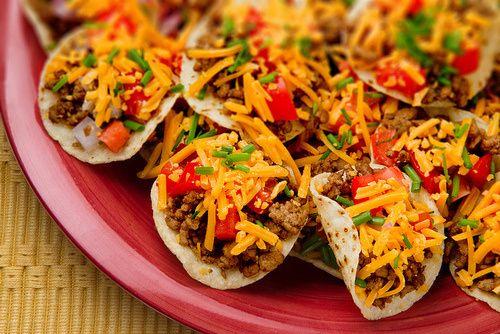 Mini MINI tacos!! Yum! ❤