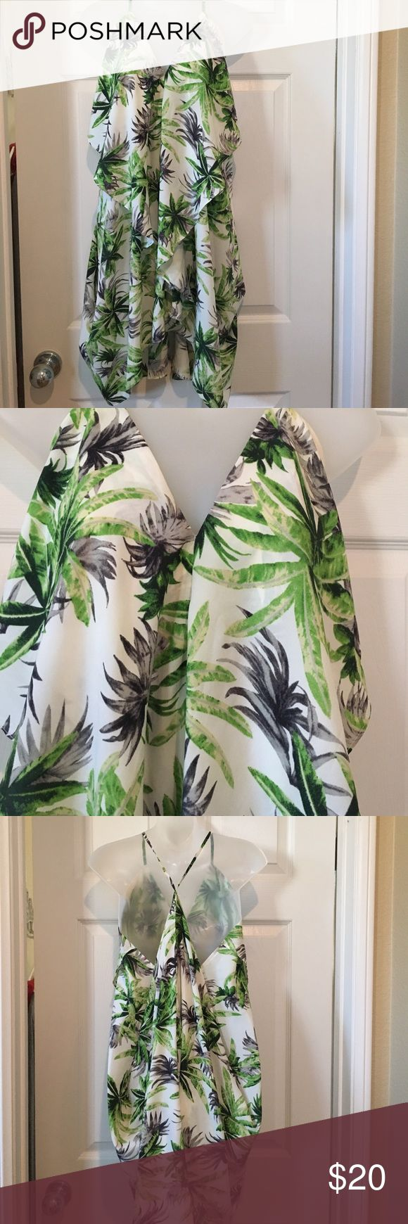 🔥Caribbean Queen 👸 tropical dress Adorable for vacation! Cute summer dress , beach cover up or a top with skinny 👖...palm tree print tag is hard to see but it's a small but very flowy on lower half...easy wash and wear Caribbean Queen Dresses