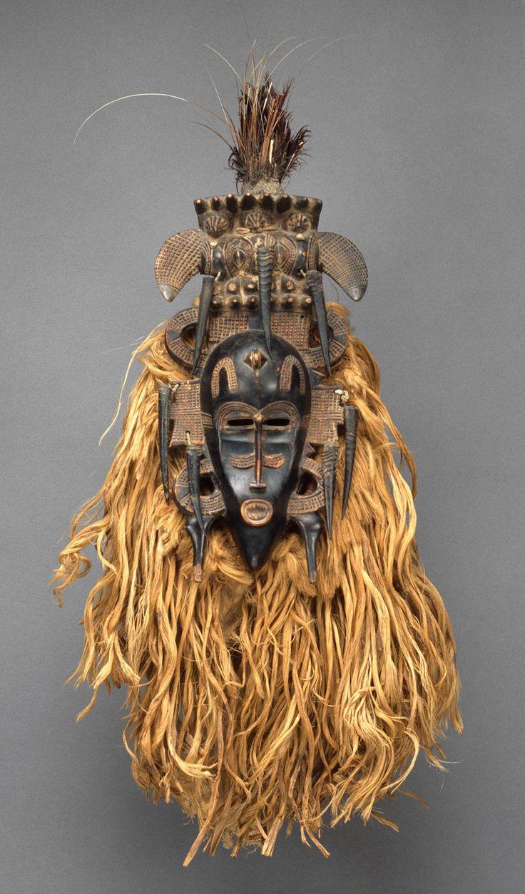 masque africain signe dali