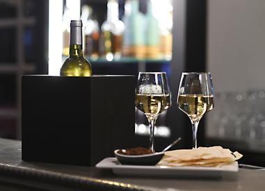SOFRESH révolutionne le seau à champagne traditionnel