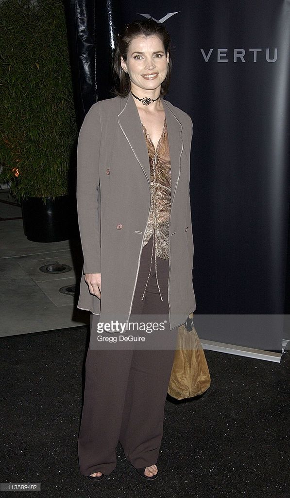 <a gi-track='captionPersonalityLinkClicked' href=/galleries/search?phrase=Julia+Ormond&family=editorial&specificpeople=215234 ng-click='$event.stopPropagation()'>Julia Ormond</a> during Vertu Client Suite Opening at Vertu in Beverly Hills, California, United States.