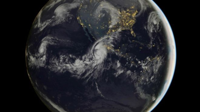 """Cómo el huracán Patricia se convirtió en una tormenta """"monstruosa"""" en cuestión de horas"""