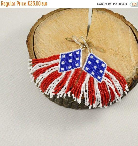 ON SALE Flag earrings 4th July Native American Red blue white #szkatulkaami #seedbeads #flagearrings