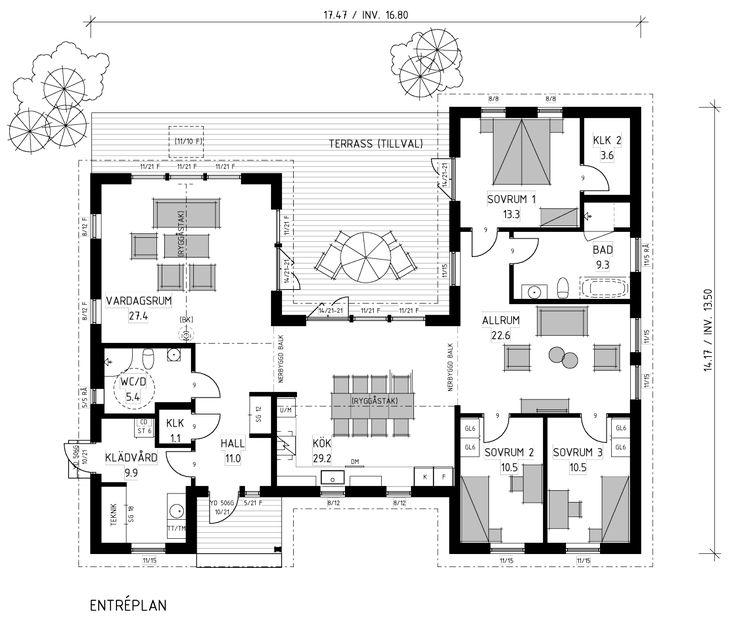 Vackert hus i New England-stil. Funktionell och fin planlösning där rummen omsluter innergården.