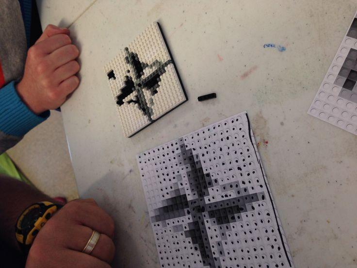 Nanoblock pixel art