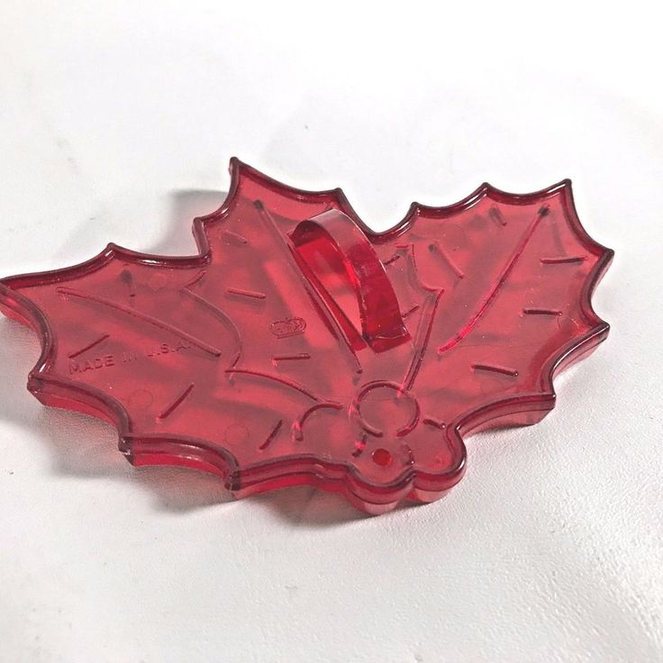 Cookie Cutter Red Made In USA Vintage HRM Holly Berries Christmas Cookies
