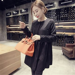 Buy Soswift Maternity Long Sleeve Half Placket Tunic at YesStyle.com! Quality products at remarkable prices. FREE WORLDWIDE SHIPPING on orders over US$ 35.