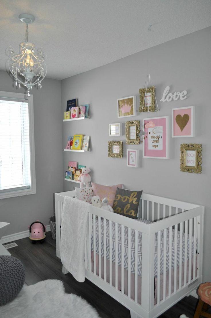 chambre de bébé avec des murs en gris clair #DecoracionCuartoPared