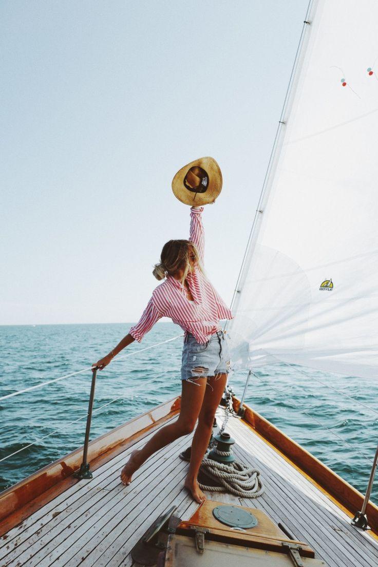 {Summers on boats.} – Paulin