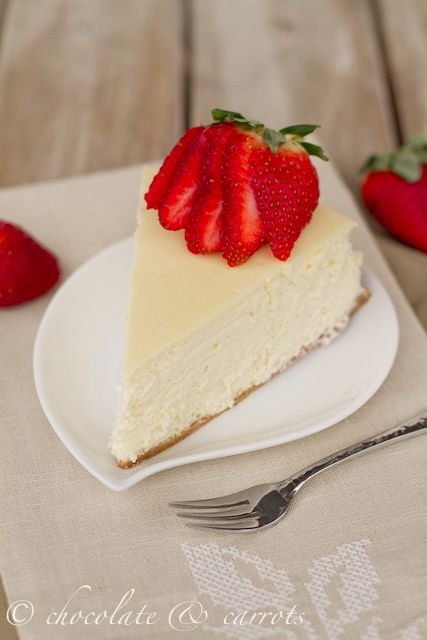 Cheesecake supreme: healthiest & moistest cheesecake ever. Made with cream cheese and Greek yogurt!