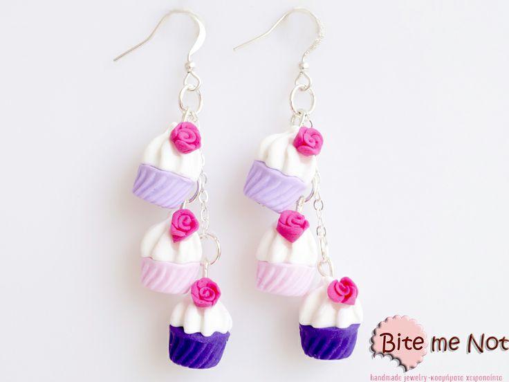 Triple pink-purple cupcakes! -Silver plated hook earrings with silver plated chain!  -Tree cupcakes (hot-pink, pink and light purple) with hot pink roses!