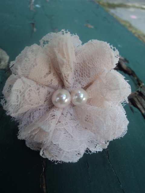 Flower Ring in Vintage Champagne Lace, Centered with Champagne Glass Pearls