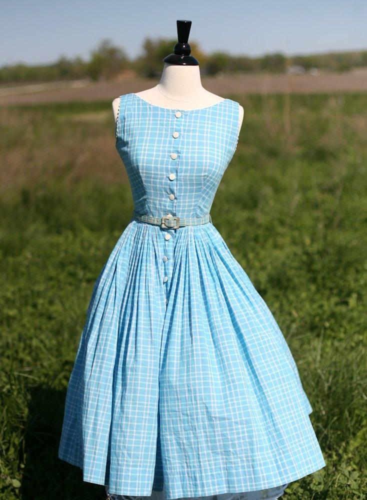 Pretty turquoise blue vintage dress