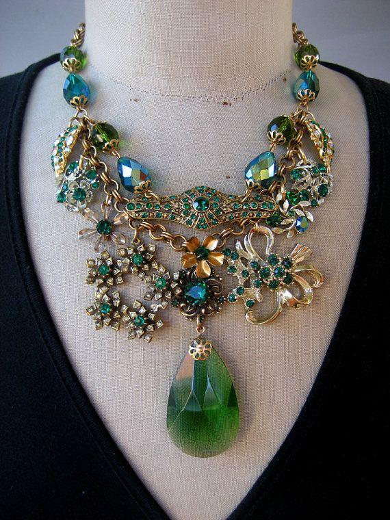 Vintage Statement Necklace Green Rhinestone by rebecca3030 on Etsy