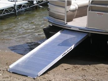 Pontoon Boat Boarding Ramp