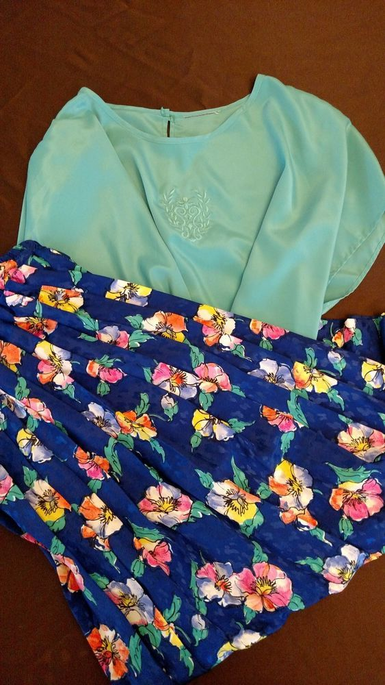 Andrea Gayle Set Elastic Waist Skirt Blue Floral Size L Green Blouse Cap Sleeves #AndreaGayle #Pleated