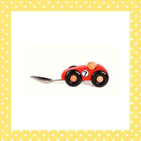 Met deze auto racen de hapjes zo de garage in! http://dekinderkookshop.nl/product/lepel-racewagen/