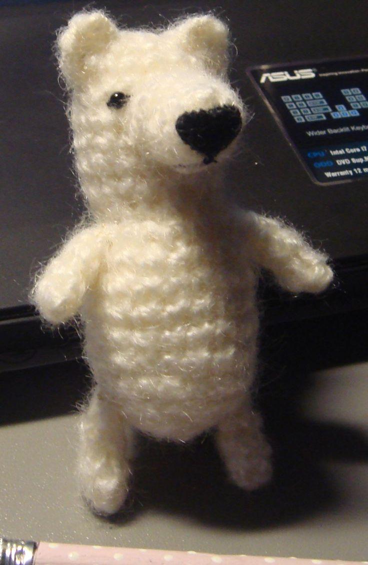 biały niedźwiadek, szydełkowy