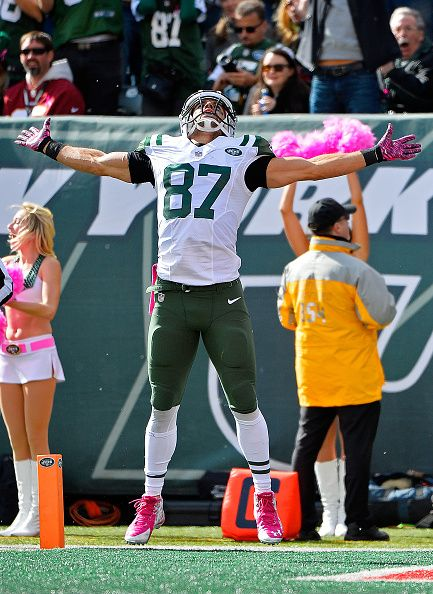 Eric Decker of the New York Jets celebrates a first down reception during the…