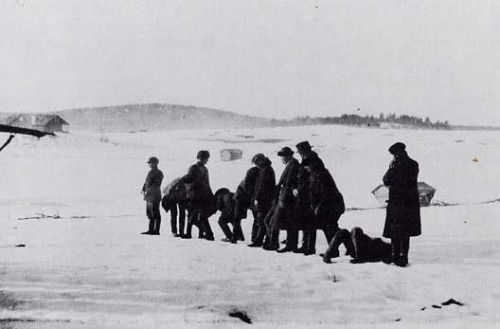 White firing squad executing Red soldiers in Länkipohja during the Finnish Civil War ca. 1918