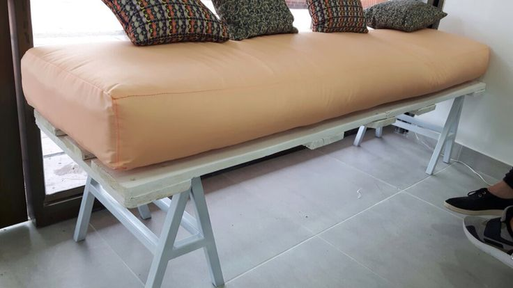 Mueble recepción #spa #pallet #palet #estiba #diseño #reciclado #50plusrach
