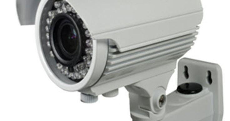 Εξωτερική κάμερα 1200TVL 2.8-12mm   Kάμερα εξωτερικού χώρου 1/3 DIS (HD 720P) SONY 138 + FH 8520 1200 TVL 12V DC Vari-focal 2.8-12mm Lens (2MP Lens) 42 IR LED Κάλυψη IR 40m Χρώμα λευκό Διαθέτει IR-CUT Διαθέτει OSD MENU