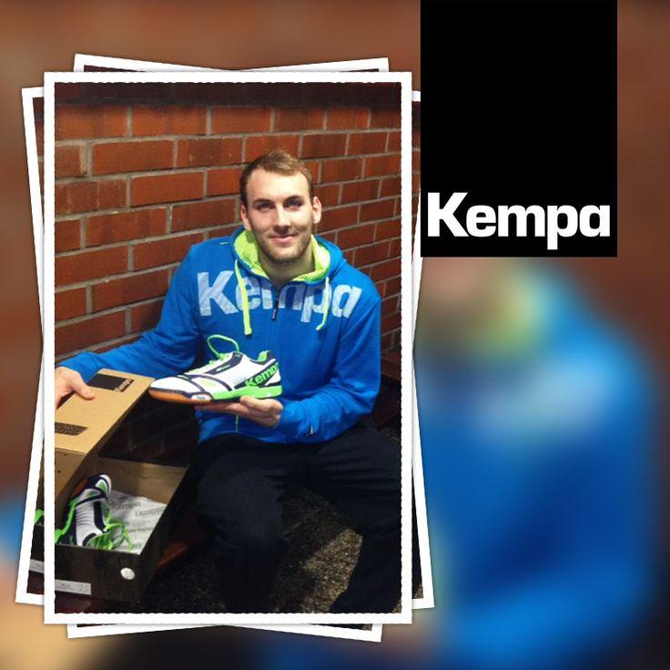 [NOUVEAUTES] Nouvelle collection Kempa   Disponible sur Handball-Store (2014/2015)  >> http://www.handball-store.fr/326-chaussures-kempa