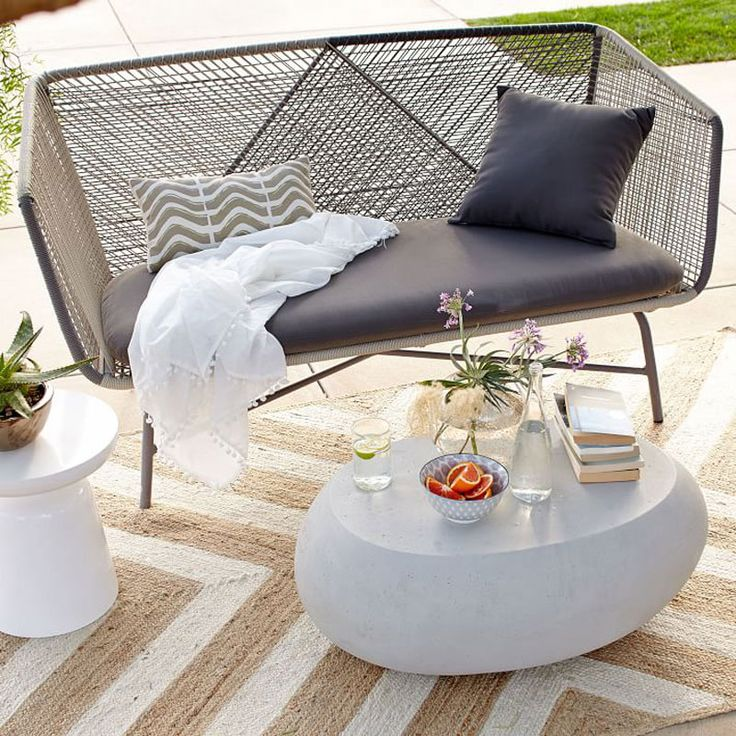 Modern Patio Furniture That Brings The Indoors Outside   Http://freshome.com