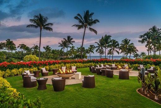 Say aloha to stunning sunsets and breathtaking beach bonfires at Grand Hyatt Kauai.