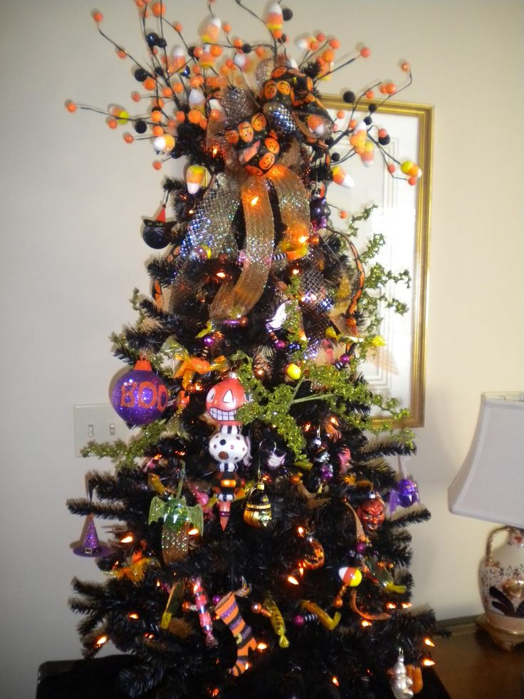 gorgeous halloween tree - Halloween Tree Decorations