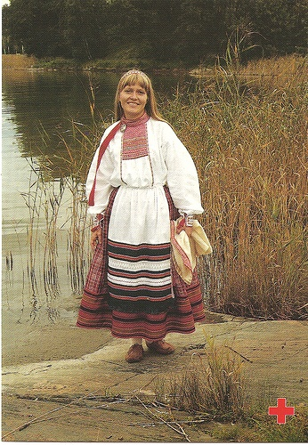 Traditional costumes Finland 10 by tucano3, via Flickr
