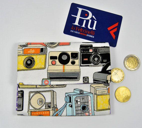 Portafoglio a fisarmonica fotocamere vintage. Tre tasche e portamonete con cerniera. Portafoglio bianco macchine fotografiche.