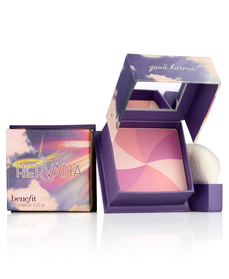 Swirl on this orchid-blossom blush for a heavenly flush of enlightenment! These four shades--lucky shell, divine peach, heavenly rose and berry delight--blend together perfectly to lift your look to c