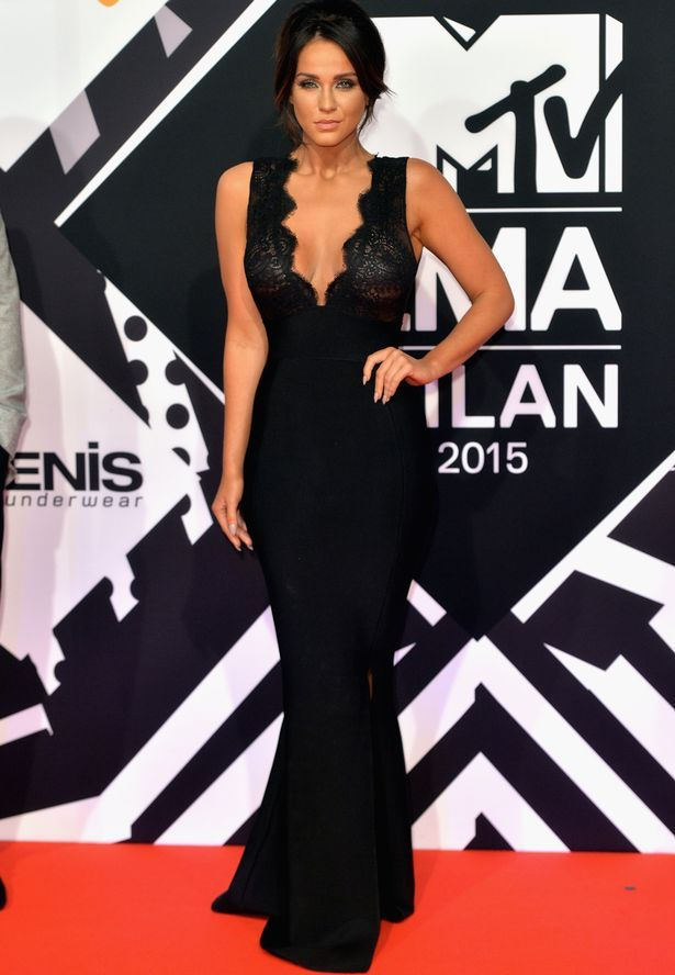 Is pubic cleavage a red carpet trend thanks to kendall jenner