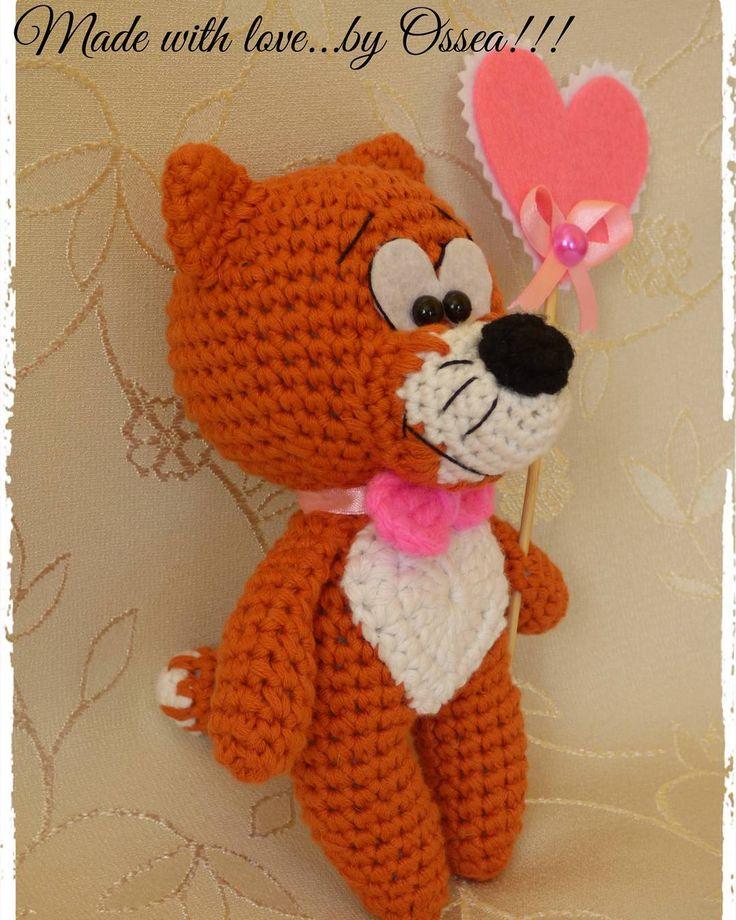#cat #crochettoy  #crochet #madewithlove #madewithlovebyossea #handmade #hand_for_made #idea #gift #iloveyou #love  #amigurumi #weamiguru #toys #crochettoy #etsyworld #etsyhandmade #etsyhunter #etsyguidebook #favehandmade #вяжутнетолькобабушки #вязание #идеяподарка #игрушкиручнойработы #вязаныеигрушки #лискрючком #ручнаяработа #сделанослюбовью #happyvalentinesday by osseabeauty