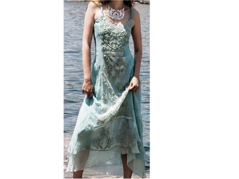 ELISA CAVALETTI Robes longues http://www.videdressing.com/robes-longues/elisa-cavaletti/p-3598170.html?&utm_medium=social_network&utm_campaign=FR_femme_vetements_robes_3598170