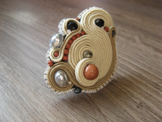Adjustable soutache ring - ivory