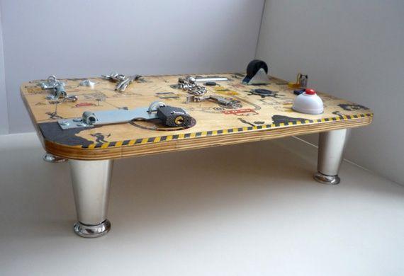 Развивающий стенд-столик (мастер-класс) / Для детей / ВТОРАЯ УЛИЦА