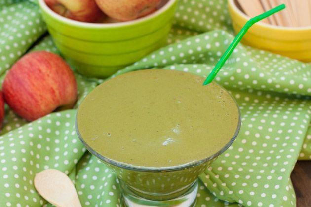 Caramel Apple Green Smoothie