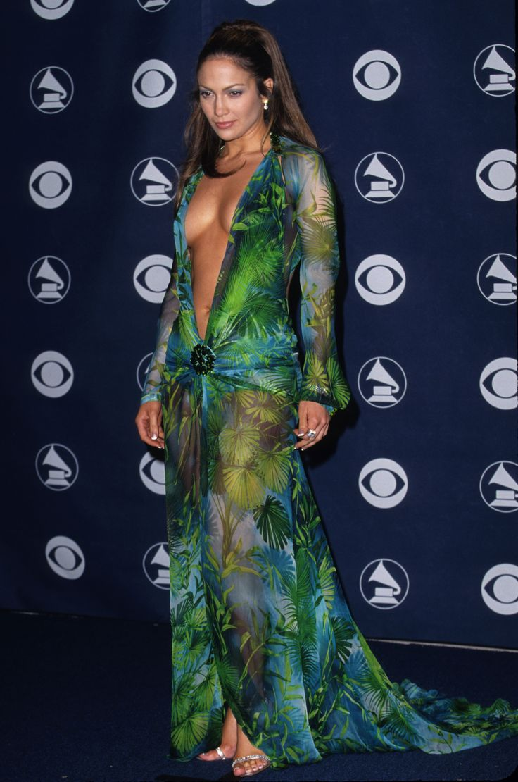 J-Lo in a Versace dress designed by Jørgen Simonsen, Grammys