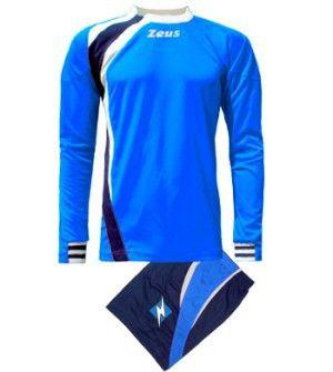 Királykék-Kék-Fehér Zeus Spagna Focimez kényelmes, modern, tartós, csuklónál belül gumis, gallér betétszínnél nyitott, könnyen szárad, kopásálló, rövid ujjú mezzé alakítható. Egyedi, határozott, magabiztos megjelenésű, az utánpótlás részre is, kiváló választás a Spagna focimez. Királykék-Kék-Fehér Zeus Spagna Focimez 6 méretben és további 7 színkombinációban érhető el. - See more at: http://istenisport.hu/termek/kiralykek-kek-feher-zeus-spagna-focimez/#sthash.PPMEsSxx.dpuf